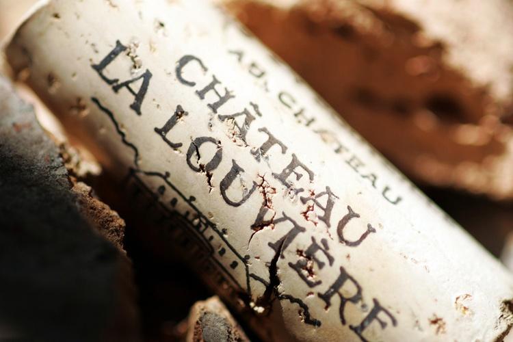 你知道吗?红酒酒瓶的木塞越长葡萄酒越好